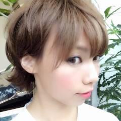 丸顔 ショート ナチュラル モテ髪 ヘアスタイルや髪型の写真・画像