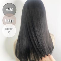 シルバーグレージュ ダークカラー ナチュラル 暗髪 ヘアスタイルや髪型の写真・画像