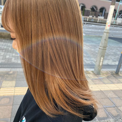 ガーリー ブリーチオンカラー ベージュ セミロング ヘアスタイルや髪型の写真・画像