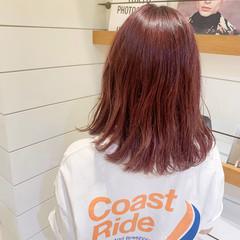 ミディアム ガーリー ベリーピンク ピンクバイオレット ヘアスタイルや髪型の写真・画像