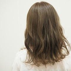 アッシュベージュ ナチュラル グレージュ ピュア ヘアスタイルや髪型の写真・画像