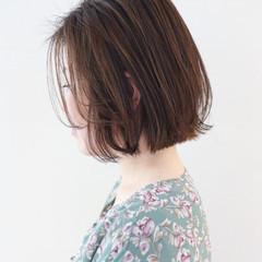 ボブ パーマ フェミニン ハイライト ヘアスタイルや髪型の写真・画像