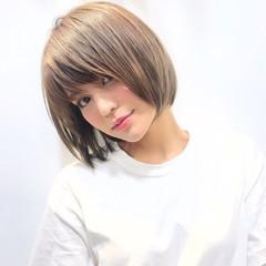 シースルーバング ナチュラル ハイトーン ショート ヘアスタイルや髪型の写真・画像