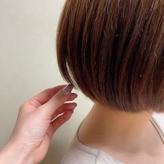 ミニボブ ボブ ショートボブ 切りっぱなしボブ ヘアスタイルや髪型の写真・画像