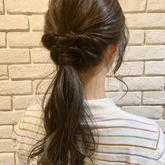 ナチュラル 簡単ヘアアレンジ ロング ローポニーテール ヘアスタイルや髪型の写真・画像
