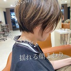 ベリーショート ショートヘア ナチュラル ショートボブ ヘアスタイルや髪型の写真・画像