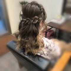 ヘアアレンジ 編み込みヘア セミロング ガーリー ヘアスタイルや髪型の写真・画像