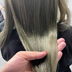 ヘアカラー 透明感カラー ミディアム オリーブベージュ ヘアスタイルや髪型の写真・画像