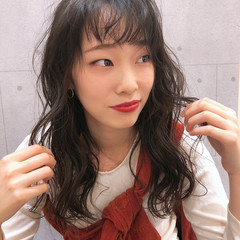 暗髪 スタイリング 透明感カラー ロング ヘアスタイルや髪型の写真・画像