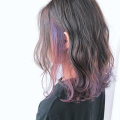 ブリーチカラー グラデーションカラー フェミニン セミロング ヘアスタイルや髪型の写真・画像
