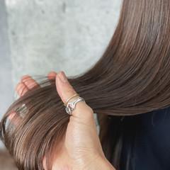 アンニュイほつれヘア 外国人風 ヌーディベージュ ロング ヘアスタイルや髪型の写真・画像