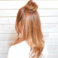 お団子ヘア セミロング ナチュラル お団子アレンジ ヘアスタイルや髪型の写真・画像