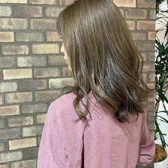 セミロング ブルーアッシュ ナチュラル 大人ミディアム ヘアスタイルや髪型の写真・画像