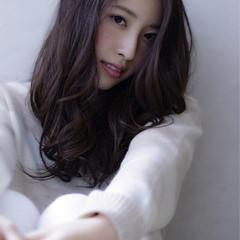 大人かわいい 外国人風 セミロング アッシュ ヘアスタイルや髪型の写真・画像