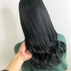 ロング ブルージュ ダークカラー 暗髪 ヘアスタイルや髪型の写真・画像