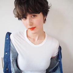 ショート 無造作 アッシュ ガーリー ヘアスタイルや髪型の写真・画像