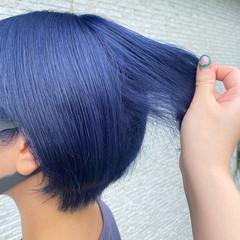 ブルーブラック ブリーチカラー コリアンネイビー ネイビーカラー ヘアスタイルや髪型の写真・画像