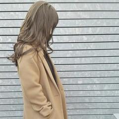 コンサバ 大人かわいい セミロング カール ヘアスタイルや髪型の写真・画像