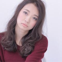 外国人風 ナチュラル グラデーションカラー 大人かわいい ヘアスタイルや髪型の写真・画像
