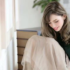 外国人風カラー フェミニン ローライト ロング ヘアスタイルや髪型の写真・画像