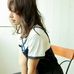 上品 色気 外国人風カラー 斜め前髪 ヘアスタイルや髪型の写真・画像