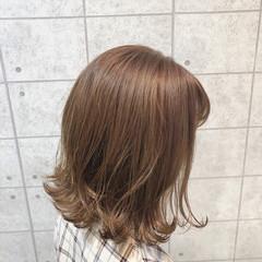 ミルクティーグレージュ ボブ アッシュベージュ クリーミーカラー ヘアスタイルや髪型の写真・画像