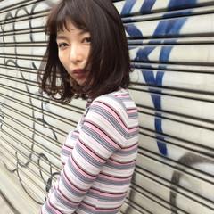 暗髪 大人かわいい フェミニン ミディアム ヘアスタイルや髪型の写真・画像