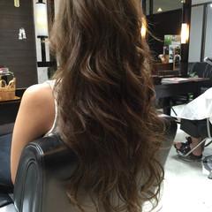 ロング フェミニン 外国人風 パーマ ヘアスタイルや髪型の写真・画像