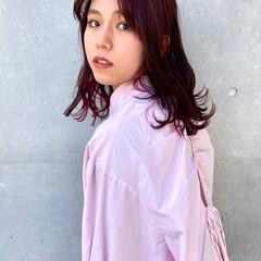 韓国ヘア ピンクベージュ アンニュイほつれヘア ピンクバイオレット ヘアスタイルや髪型の写真・画像
