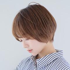 ショートボブ 似合わせカット 前髪あり 丸みショート ヘアスタイルや髪型の写真・画像