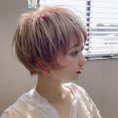 ショート ナチュラル ショートヘア ハイトーン ヘアスタイルや髪型の写真・画像