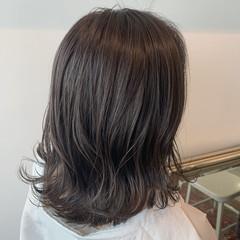 ベージュ 透明感カラー ナチュラル ラベンダーグレージュ ヘアスタイルや髪型の写真・画像