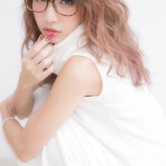 セミロング ゆるふわ ベージュ ピンク ヘアスタイルや髪型の写真・画像