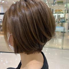コンサバ ボブ ヘアカラー ハイトーンカラー ヘアスタイルや髪型の写真・画像