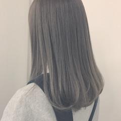 冬 アッシュグレージュ セミロング 外国人風カラー ヘアスタイルや髪型の写真・画像