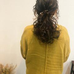 ヘアセット セミロング ポニーテールアレンジ フェミニン ヘアスタイルや髪型の写真・画像