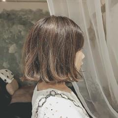 オフィス アウトドア デート ゆるふわ ヘアスタイルや髪型の写真・画像