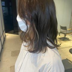 ナチュラル 大人ミディアム ミディアム インナーカラー ヘアスタイルや髪型の写真・画像