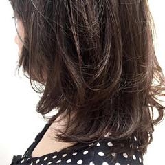 ハイライト レイヤーカット 伸ばしかけ ミディアム ヘアスタイルや髪型の写真・画像