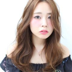 小顔 大人女子 ニュアンス ロング ヘアスタイルや髪型の写真・画像