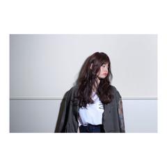 ストリート セミロング アッシュ 透明感 ヘアスタイルや髪型の写真・画像