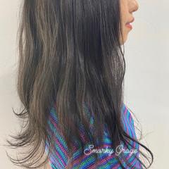 韓国ヘア グレージュ シルバー アッシュ ヘアスタイルや髪型の写真・画像