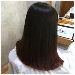 切りっぱなし ナチュラル グラデーションカラー チェリーピンク ヘアスタイルや髪型の写真・画像
