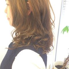 フェミニン ロング グラデーションカラー 外国人風カラー ヘアスタイルや髪型の写真・画像