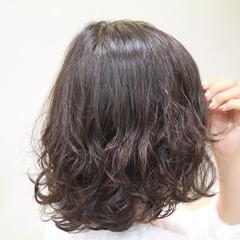 大人女子 色気 パーマ ボブ ヘアスタイルや髪型の写真・画像
