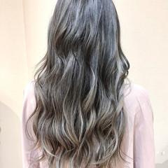 フェミニン ハイライト インナーカラー ロング ヘアスタイルや髪型の写真・画像