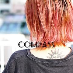 ショートヘア ピンクベージュ ボブ 切りっぱなしボブ ヘアスタイルや髪型の写真・画像