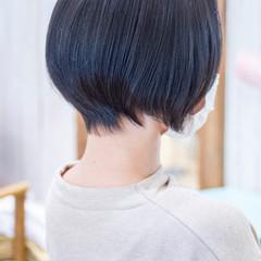 くびれボブ 小顔ショート アッシュ ナチュラル ヘアスタイルや髪型の写真・画像