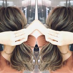夏 セミロング ストリート 透明感 ヘアスタイルや髪型の写真・画像