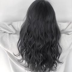 デート ナチュラル ダークカラー アッシュグレージュ ヘアスタイルや髪型の写真・画像